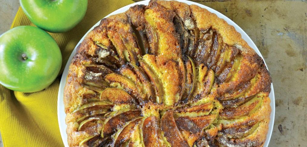 Apples & Honey Cake